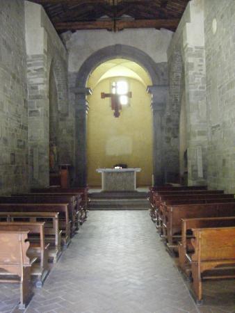Montepiano, Italy: Interno Abbazia