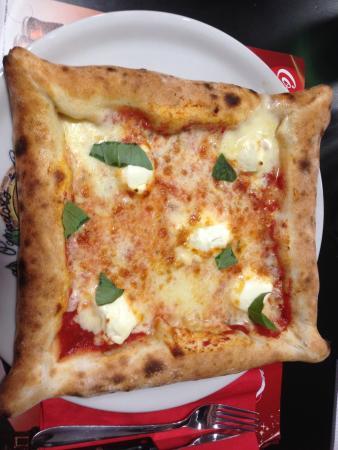 Vesuvio pizza La vera pizza napoletana