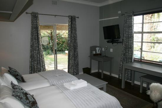 Egerton Manor: Room 2