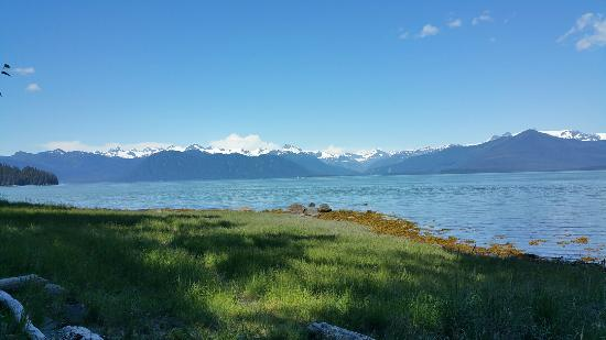 Stikine-Leconte Wilderness: Ideal cove and three lakes trail map.