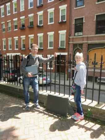 Walking Boston - Tours : Ben's book and family connection to the American Revolution
