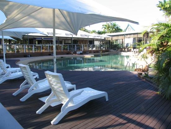Pool picture of mercure townsville townsville for Pool showrooms sydney