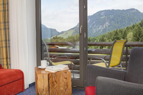 Hotel Oberstdorf: Balkon mit Bergblick