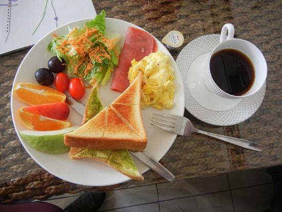 Lakeside House B & B : 早餐