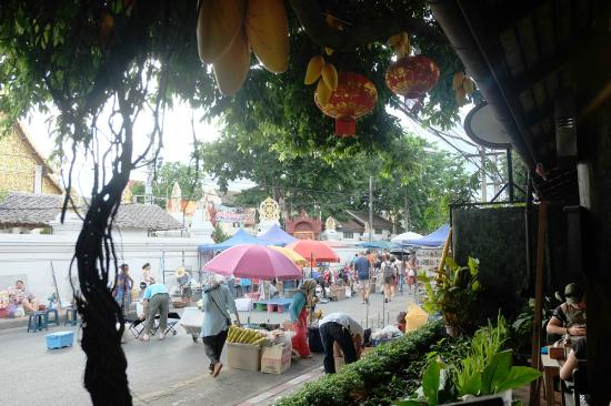 The 3 Sis: Sunday walking street market is in front of the hotel.