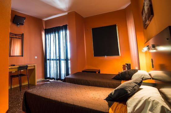 Hostal Tamonante: habitacion