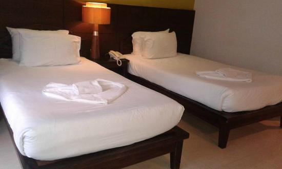 آو نانج بوري ريزورت: เตียงคู่ สะอาด