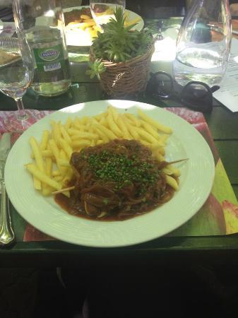 Restaurant Brandenberg: Mittagsmenu vom 24.06.15 genossen in der Gartenwirtschaft