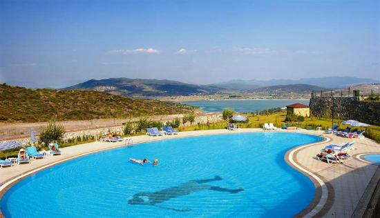 Lakeside Garden Holiday Village: Tuseta Lakeside Garden Main Pool