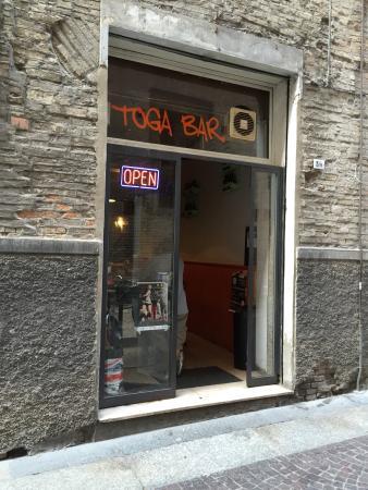 Toga Bar