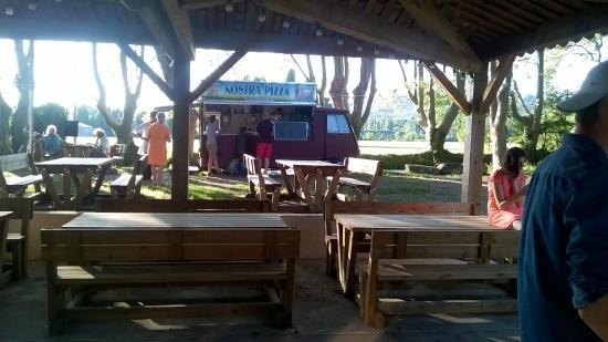 Aire pique nique camion pizzza picture of camping - Camping nostradamus salon de provence ...