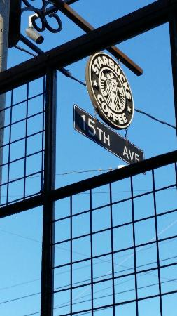 15th Ave Starbucks
