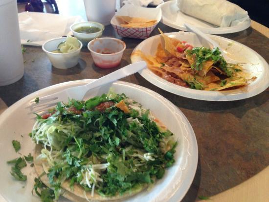 Fiesta Fresh Mexican Grill : Cilantro and salsa heaven!