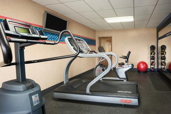 Hampton Inn Geneva: Fitness Center