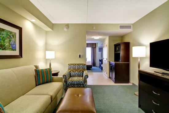 suites living room area at the hilton garden inn woodbridge - Hilton Garden Inn Woodbridge