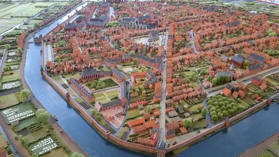 Museum Gouda: A fun model of the city hundreds of years ago