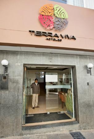 Tierra Viva Puno Plaza Hotel: Entrance