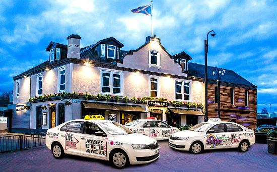 The Commercial Hotel: Hotel