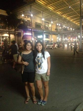 Matina Town Square: With a Balikbayan