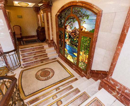 Killarney Plaza Hotel Family Rooms