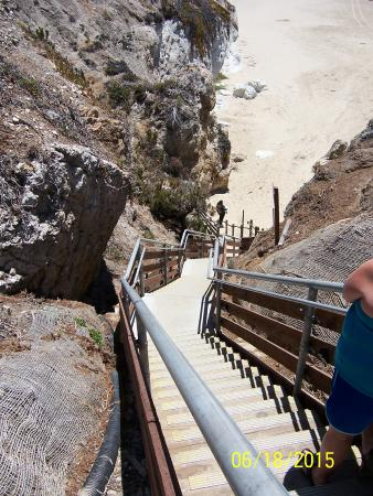 stairs to the beach below picture of cottage inn by the sea pismo rh tripadvisor com cottage inn by the sea price street pismo beach ca restaurants near cottage inn by the sea pismo beach
