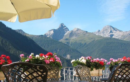 Hotel Restaurant Bellevue: Aussicht Terrasse