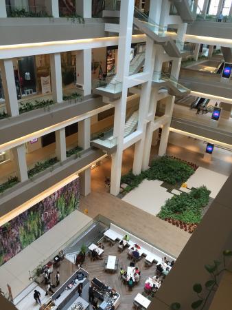 b40f133235899 Un mall para ver más que comprar - Opiniones sobre Soho
