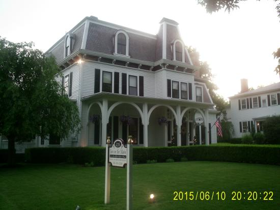 1840 Inn on the Main Bed and Breakfast: 1840 Inn on the Main