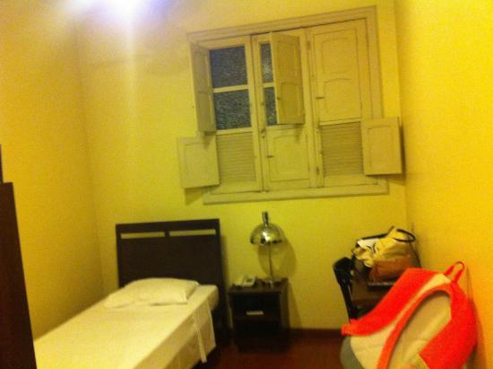 Hotel Metropole: Quarto de Solteiro