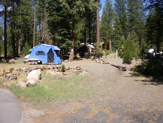 Hat Creek, CA: Camping on the hill