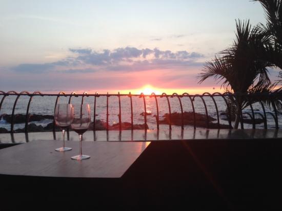 Casa Tres Vidas: Sunset2