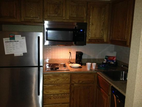 Homewood Suites by Hilton Columbus / Worthington: Kitchen.