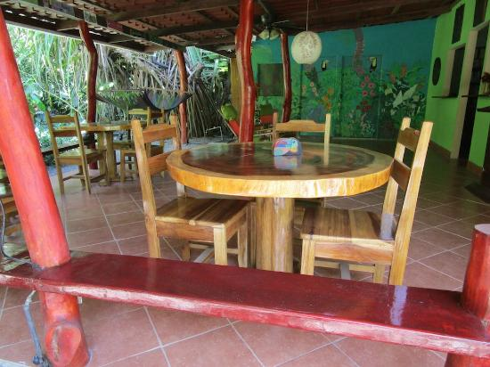 The Toucan Stay Inn: Terrace Seating