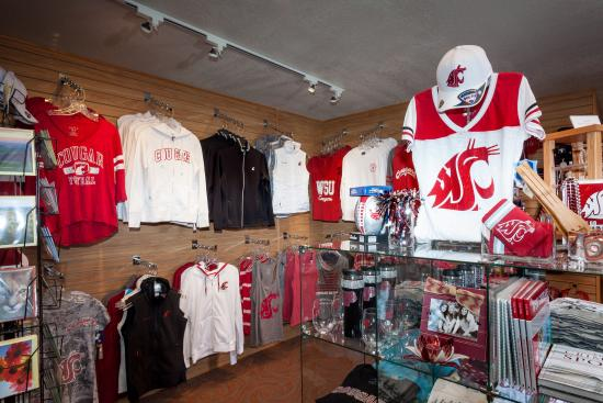 Holiday Inn Express Pullman: Onsite WSU store