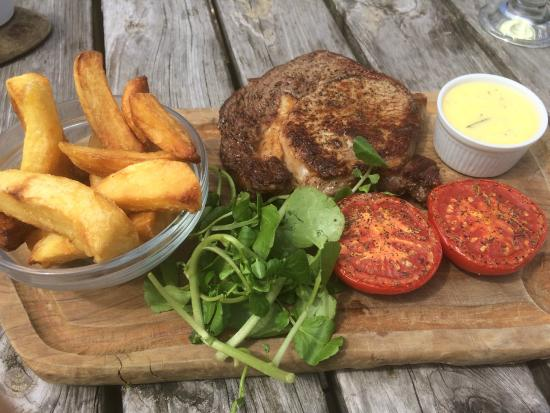 The Sun at Northaw: Steak