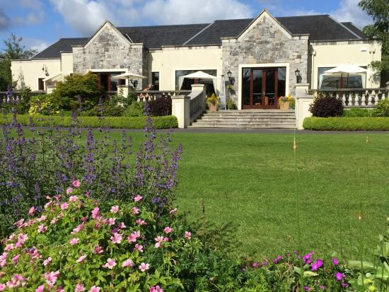 The carriage house restaurant adare restaurant reviews for Adare house