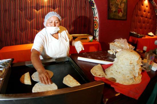 Azteca Gotel Restaurant Reviews