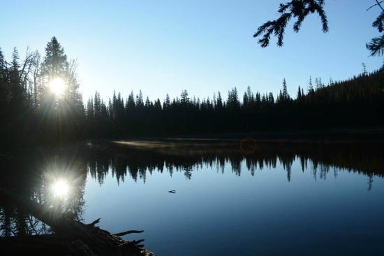Glacier Adventure Guides - Day Tours : Sunrise over Boulder Lake.