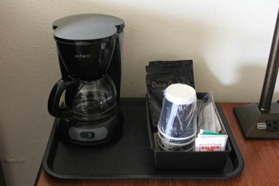 بوين موتل: In-Room Coffee
