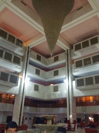 Orient Palace Hotel: lounge