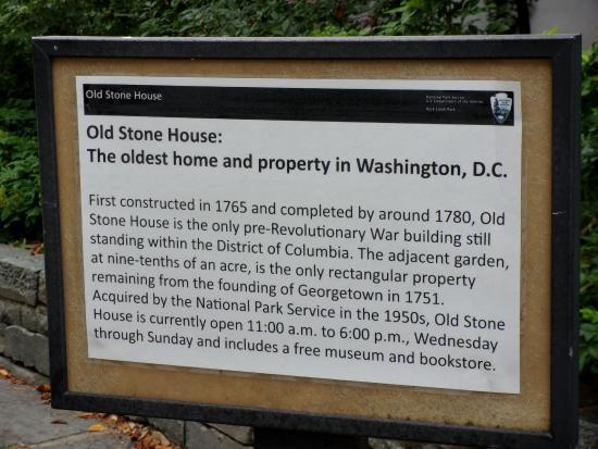 โคลัมเบีย: History of the OLD Stone House 1765