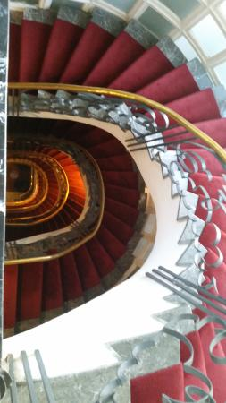 Hotel & Spa Le Doge: The grand staircase from above