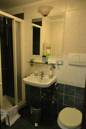 Bed & Breakfast Rhome86: Bathroom