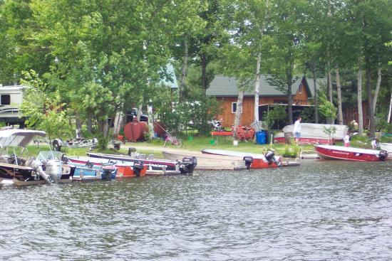 Casey's Spencer Bay Camps: the red and orange boats are the size of the boats you would rent