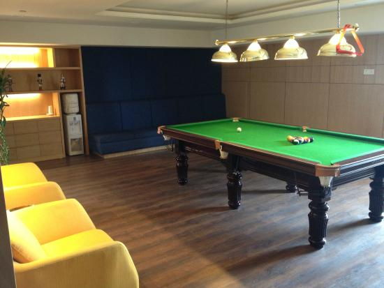 Pool Table On Roof Level Picture Of Citadines Central Xian Xian - How to level a pool table