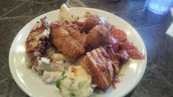 Cinzetti's: My plate
