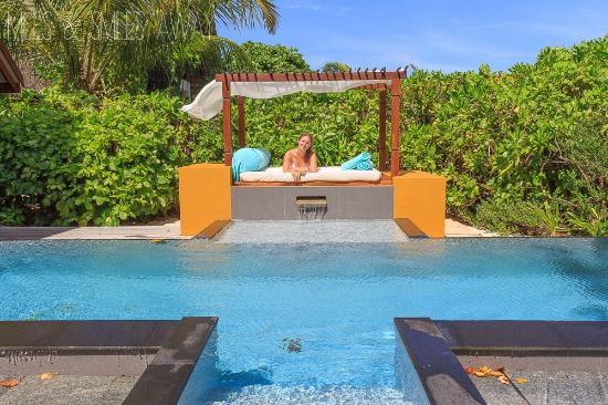 Four Seasons Resort Maldives at Landaa Giraavaru: private pool