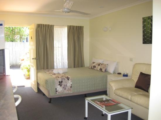 Photo of Twin Pines Motel Mooloolaba