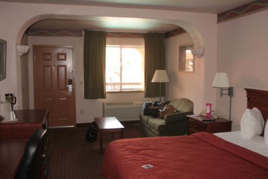 Quality Inn & Suites : Our Suite