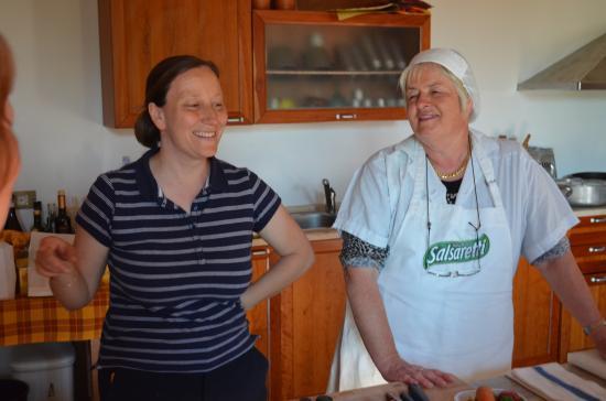 Montespertoli, Italia: The Chef and Marta